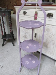 hand-painted-annie-sloan-cakestand-tea-stand